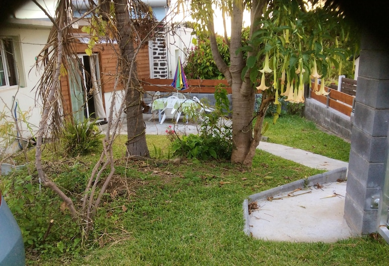 House With 2 Bedrooms in Le Tampon, With Wonderful Mountain View, Enclosed Garden and Wifi - 8 km From the Beach, Le Tampon, Property Grounds