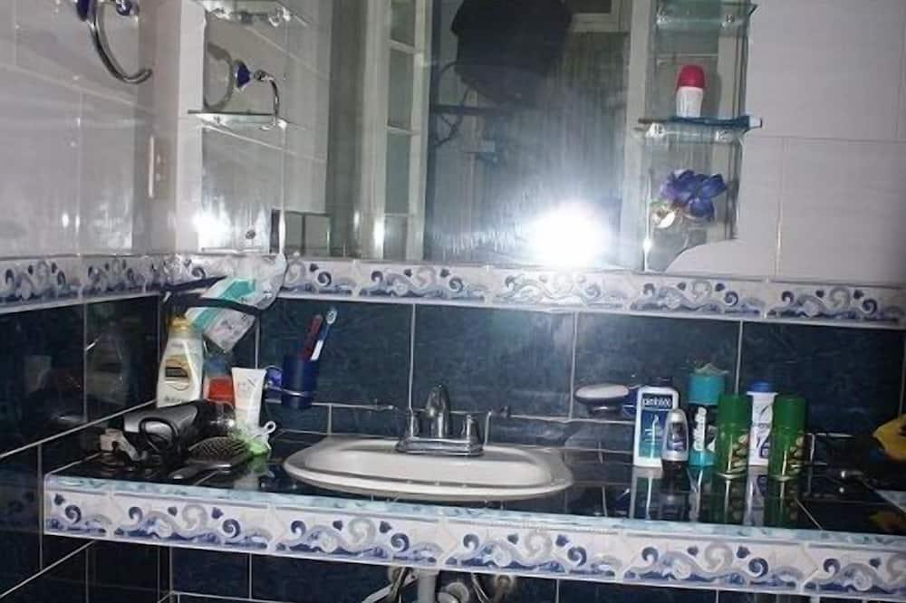 베이직 아파트 - 욕실