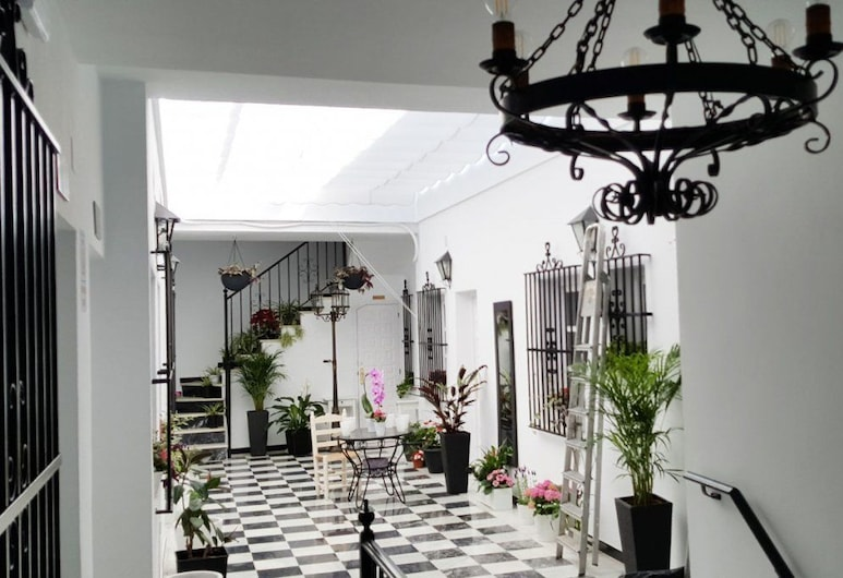 Hospedería Rural Las Buganvillas, Almonte, Terrasse/patio