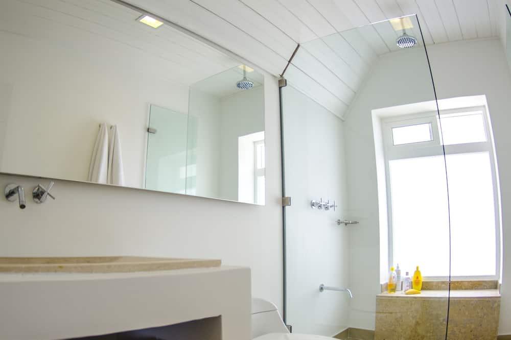 Сімейний будинок - Ванна кімната