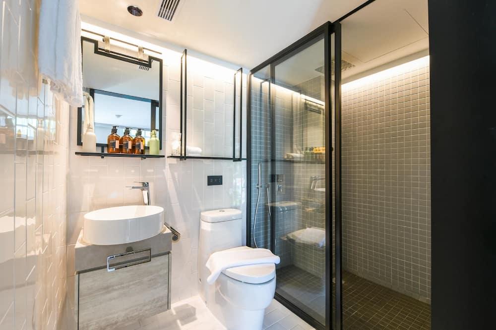 Premier - Bathroom