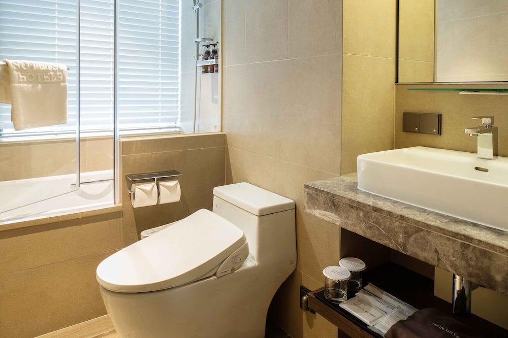 Номер с 2 односпальными кроватями, вид на город (Corner - 2 Person Credit Cards Only) - Ванная комната