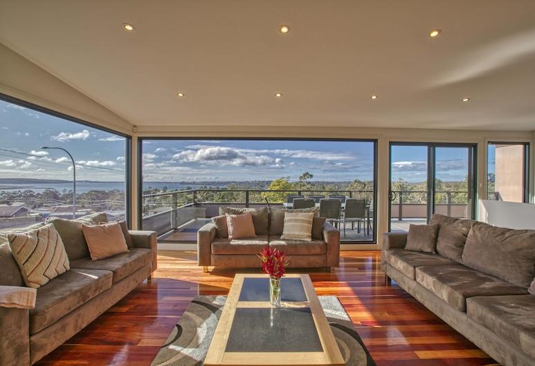 Georges Bay Luxury, St. Helens