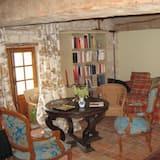 Kamar Double Comfort - Ruang Keluarga