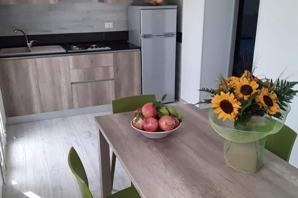 House, 2 Bedrooms (6 Prs) - In-Room Dining