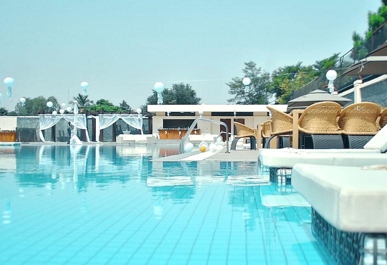 Bravia Hotel Niamey, Niamey, Pool