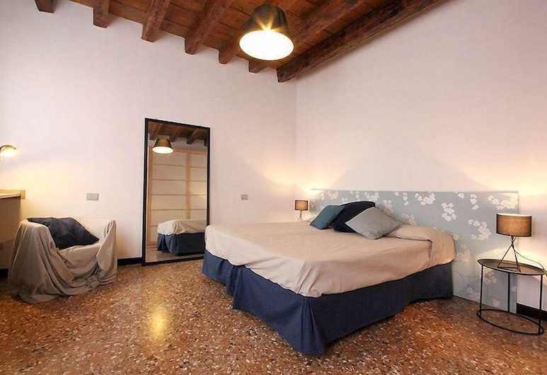 City Apartments - Santo Stefano, Venice