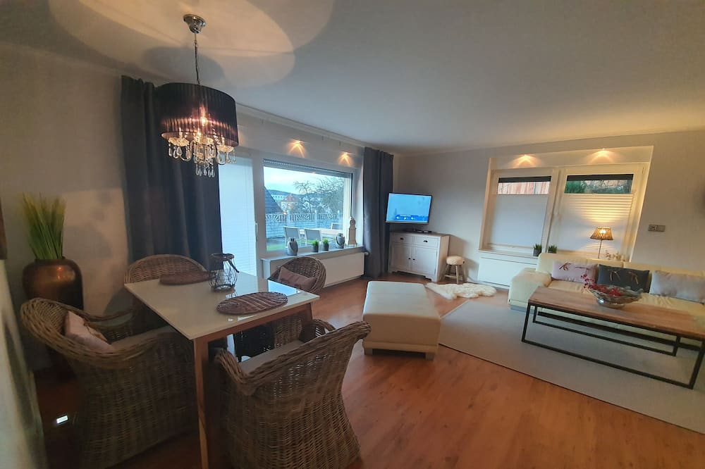 Apartmán, 1 ložnice, přízemí - Obývací pokoj