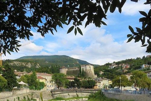 緑に囲まれたカサヴァカンツェランゴ/
