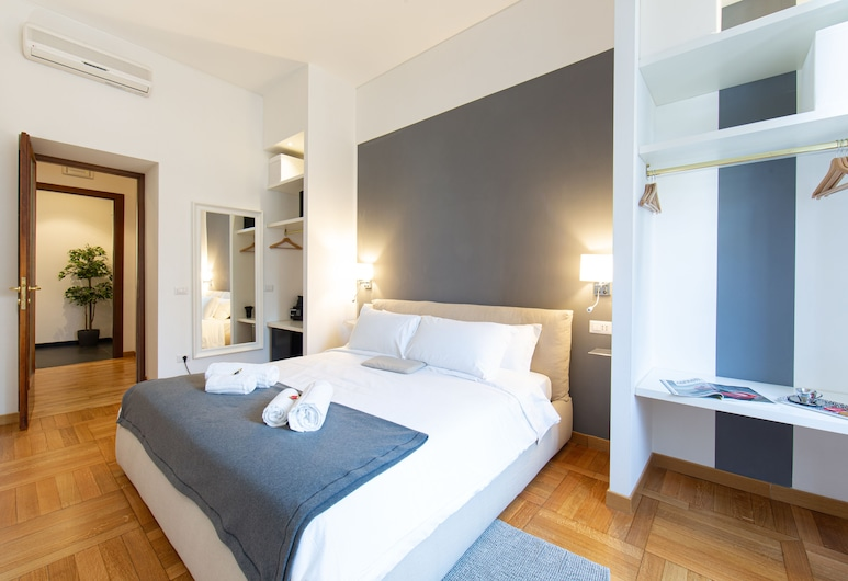 Lombardia40 Luxury Suites, Rome, Deluxe Suite, Guest Room