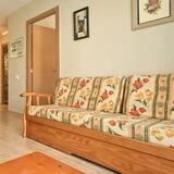 Apartment, 1 Bedroom (161327) - Living Area
