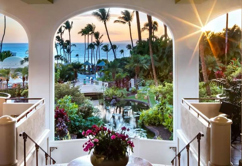 Fairmont Kea Lani Maui Villa Experience, קיהיי, חזית המלון