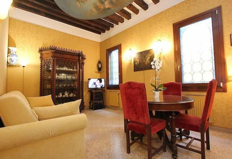 City Apartments - Casanova, Venice, Apartment, 2 Bedrooms, Living Room