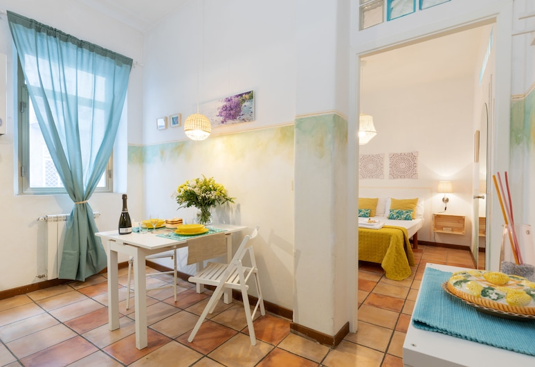 Rome as you feel - Monti Apartment, Rome, Apartment, 1 Bedroom, In-Room Dining