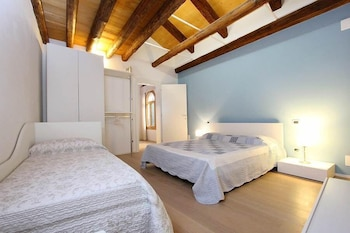 Picture of City Apartments - Orchidea in Venice