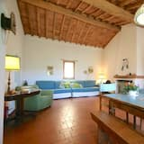 Apartment, 2 Bedrooms (Fragola) - Living Room