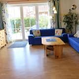 House (Zum Hallenbad 19) - Living Area