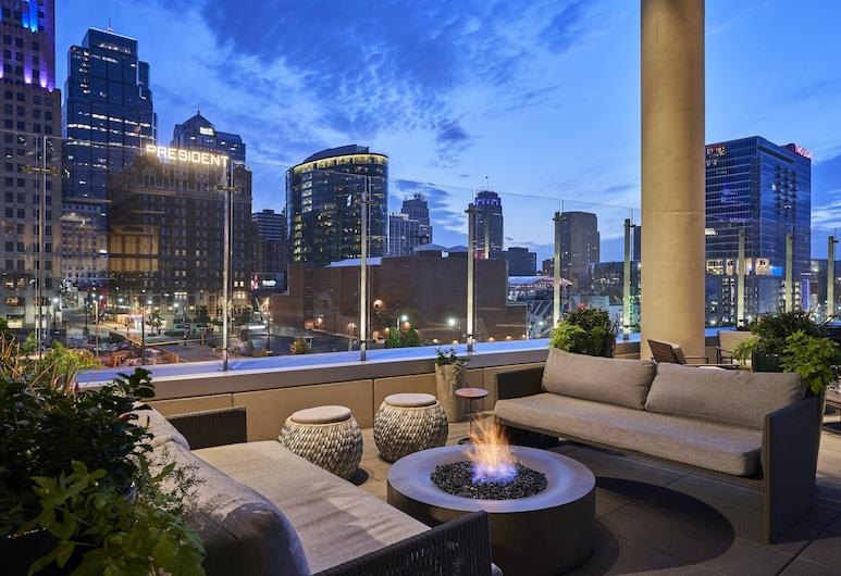 Loews Kansas City Hotel, Kansas City, Terrace/Patio