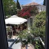 Trivietis kambarys, vaizdas į sodą - Vaizdas į sodą