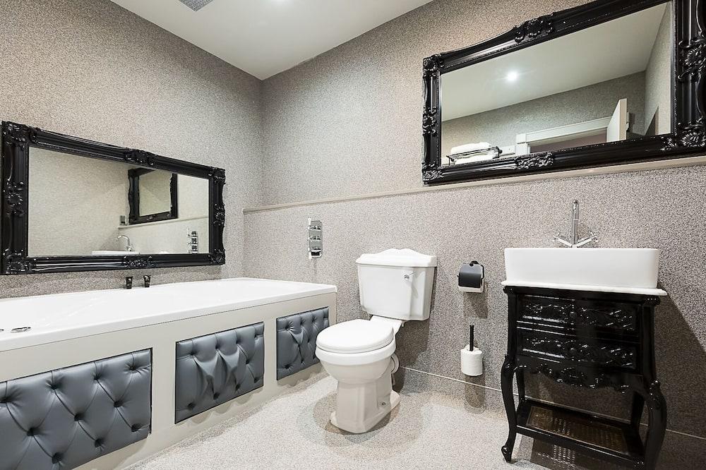 Suite Eksekutif, Beberapa Tempat Tidur (Sleeps 8) - Kamar mandi