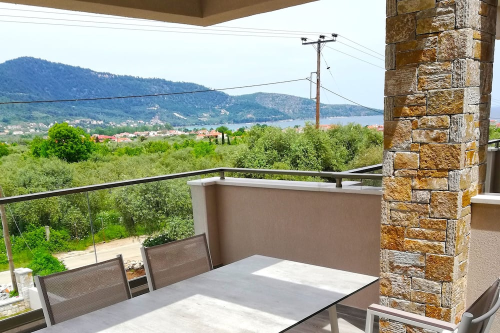 Apartament typu Deluxe, na parterze (A2) - Balkon