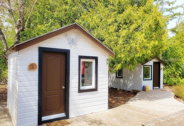 Buddha Bing Cottage and Cabins, Півострів Нозерн-Брюс, Будиночок категорії «Комфорт», 1 ліжко «квін-сайз», з видом на внутрішній двір, Номер