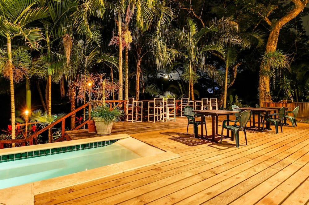 บ้านพัก, 1 ห้องนอน, สระว่ายน้ำส่วนตัว, วิวภูเขา (Parrot Room @ Mahogany Hall ) - สระว่ายน้ำ
