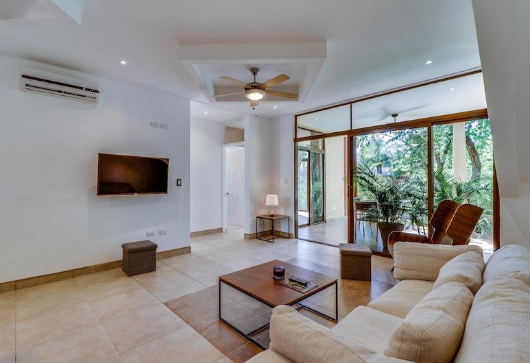 Two-bedroom House, ליבריה, בית, 2 מיטות קווין (Two-Bedroom House), סלון