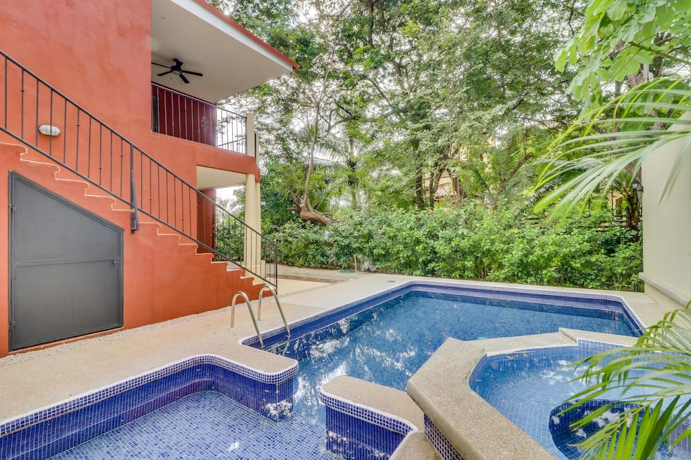 House, 2 Queen Beds (Two-Bedroom House) - Outdoor Pool