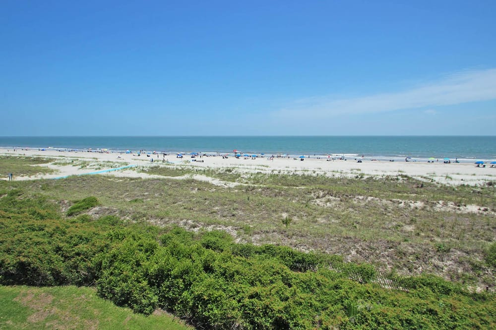 House, Multiple Beds (Two-Bedroom Apartment) - Beach