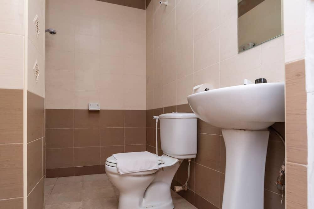 Deluxe Τρίκλινο Δωμάτιο, Περισσότερα από 1 Κρεβάτια - Μπάνιο