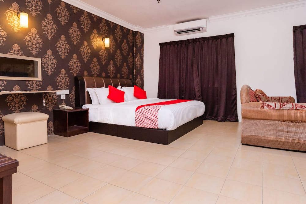 Premium Δίκλινο Δωμάτιο (Double), 1 King Κρεβάτι - Δωμάτιο επισκεπτών