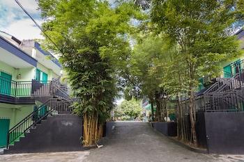 Picture of OYO 754 Nur Aziziah Guest House in Balikpapan