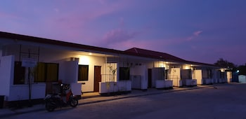 Picture of Panglao Village Court Apartments in Panglao