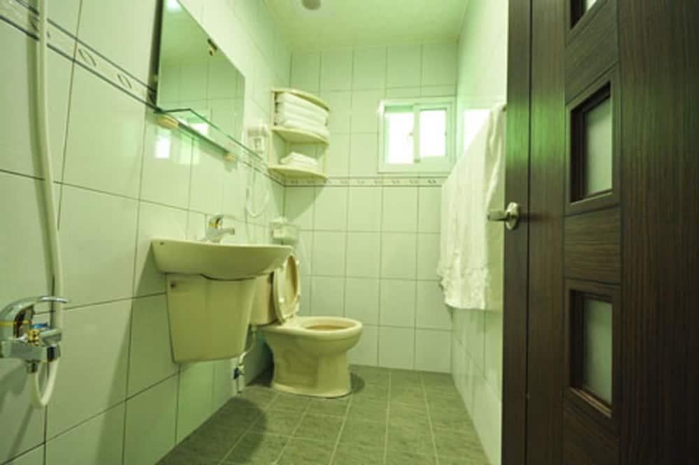 Štvorposteľová izba typu Signature - Kúpeľňa