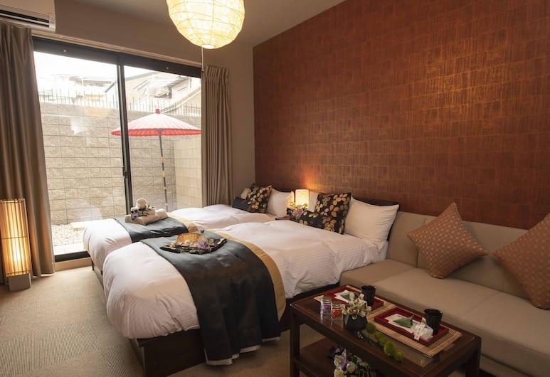 Stay SAKURA Kyoto Fuga, 京都市, ツインルーム ベッド (複数台) テラス, 客室