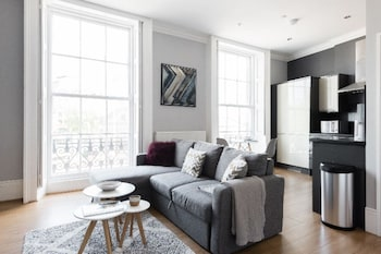Image de The Riverside Retreat - Modern & Stylish 1bdr Apartment in the Old City à Bristol