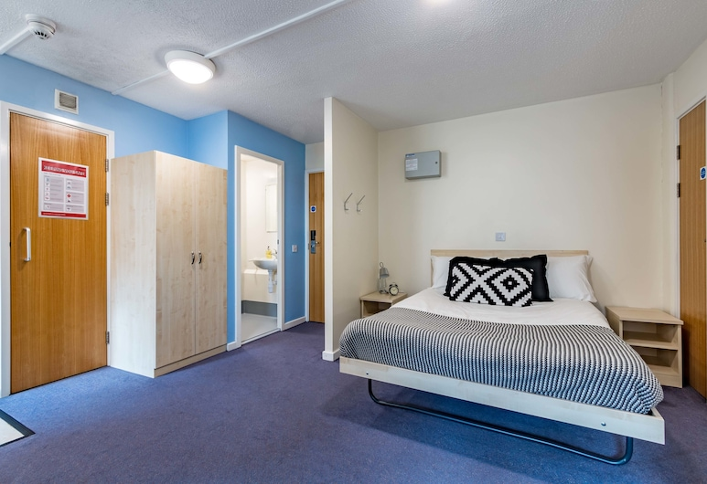 Modern Student-Only Ensuite Rooms in Leeds City Centre, Leeds, Premier Room, Guest Room
