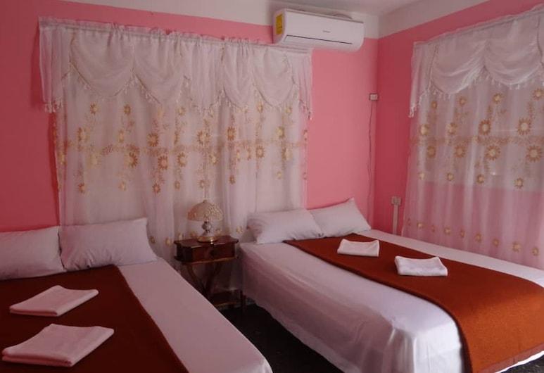 Casa Ramoncito y Gladys, Vinales, Čtyřlůžkový pokoj typu Comfort, 2 dvojlůžka (180 cm), Pokoj