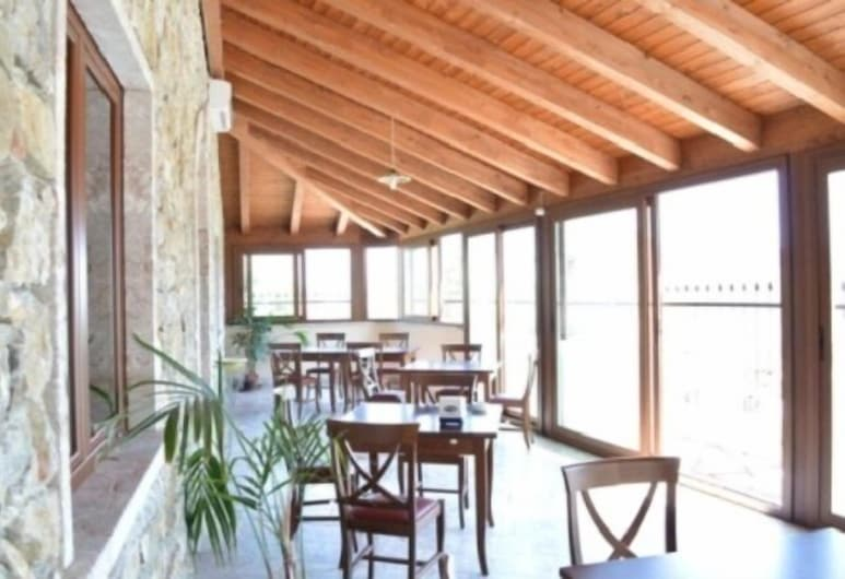 Il Canalotto, Longi, Terraza o patio