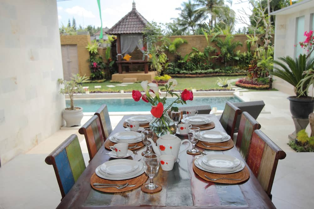 Villa, 2 Bedrooms, Private Pool - In-Room Dining