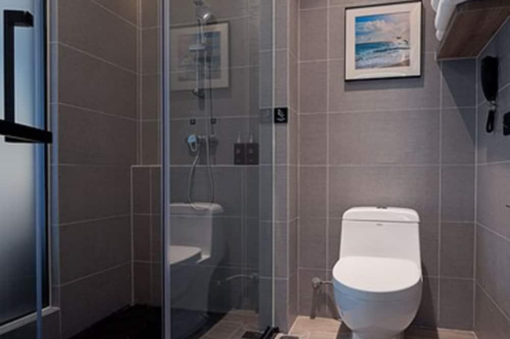 デラックス ダブルルーム クイーンベッド 1 台 シティビュー - バスルーム