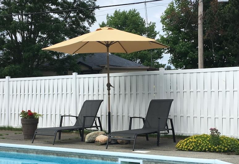 Motel Le Sabre, Sherbrooke, Outdoor Pool
