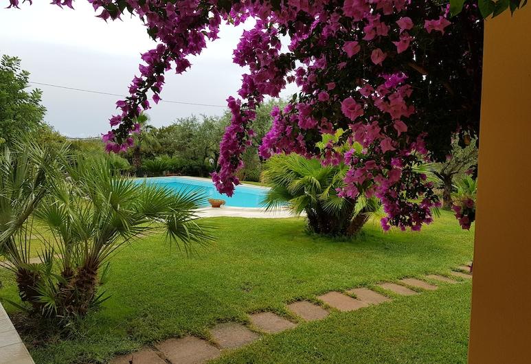 빌라 인 캄파냐, 알게로, 정원