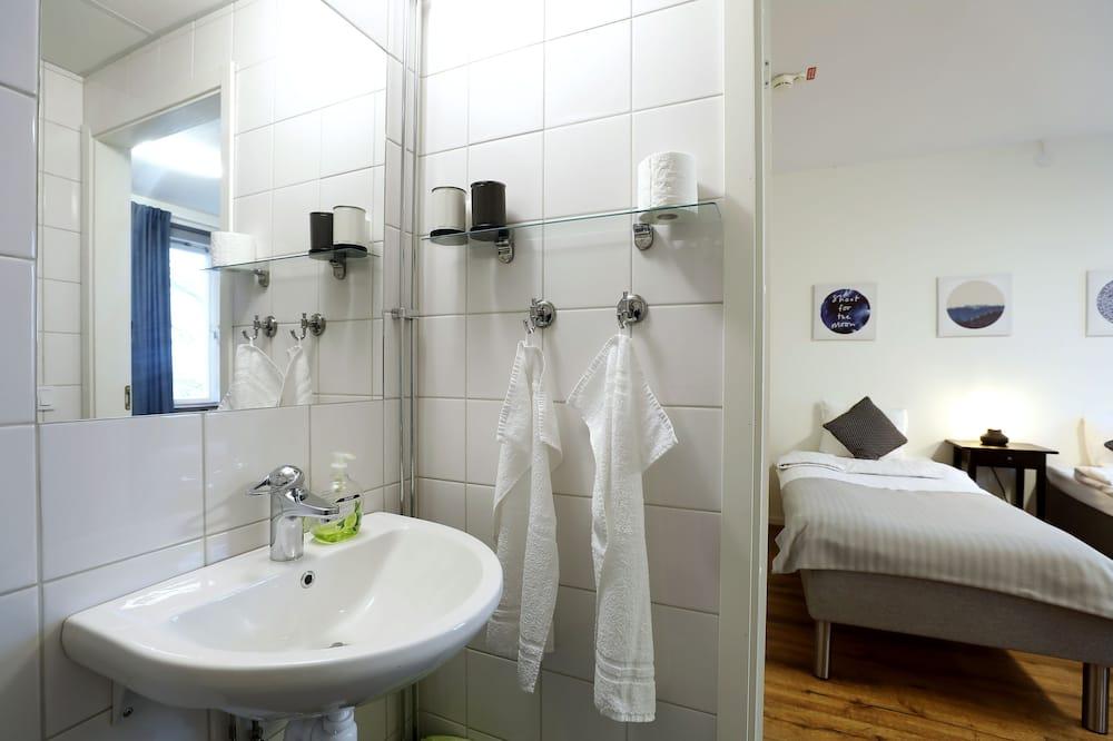 Habitación doble, baño privado, vista al lago - Baño