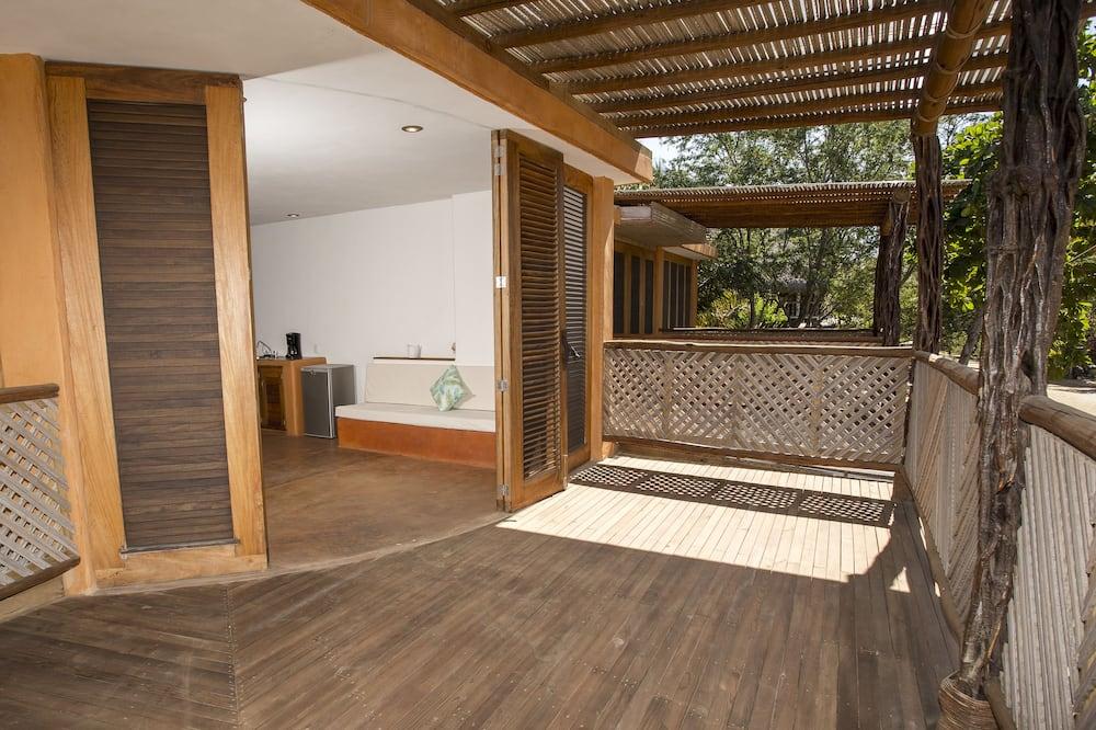 Trojlôžková izba typu Deluxe - Výhľad z balkóna