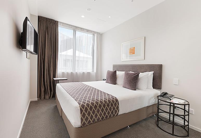 Ramada Suites Victoria Street West, Auckland, Standard Double, King bed, Bilik
