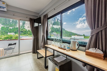 Enter your dates for our Krabi last minute prices