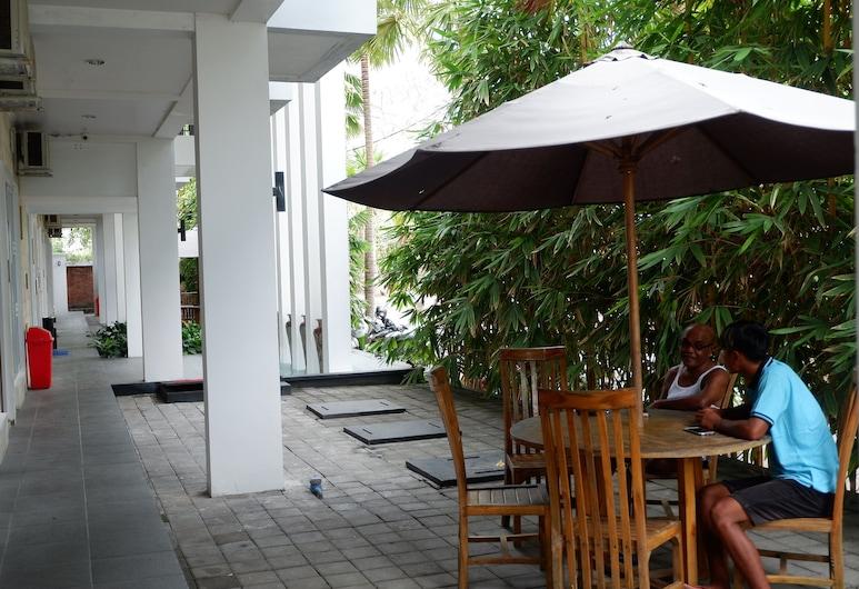G7 Residence, Nusa Dua, Terrasse/patio