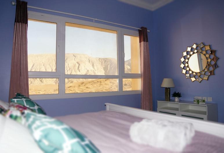 Mountain and Dune view, Мускат, Апартаменты «Сити», вид на горы, Номер
